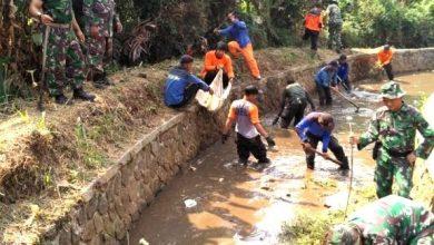 Photo of DPUPR Kota Depok Lakukan Karya Bakti, Dibantu Kodim 0508/Depok