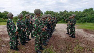Photo of Tingkatkan Kemampuan Prajuritnya, YONMARHANLAN Belawan Rutin Laksanakan Latihan Menenmbak