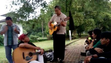 Photo of Hari Pers Nasional (HPN), Jurnalis Depok Tanam Puluhan Pohon di Situ Patinggi