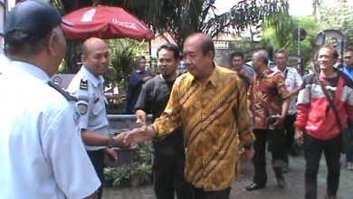 Photo of Politisi Sragen Agus Fatchur Rahman Dibebaskan
