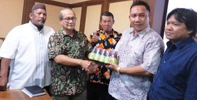 Photo of DPP Kamijo Saat Audensi ke Menteri Koperasi dan UKM Teten Masduki, Disarankan Bentuk Koperasi