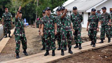 Photo of Dankormar Dampingi Kasal Tinjau Pembangunan Fasilitas Puslatpur 4 Marinir Purboyo